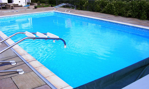 What are the swimming pool disinfection methods